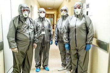 Лекари от ВМА в защитно облекло. Снимка: Военномедицинска академия
